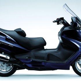 2012-Suzuki-Burgman650Execa